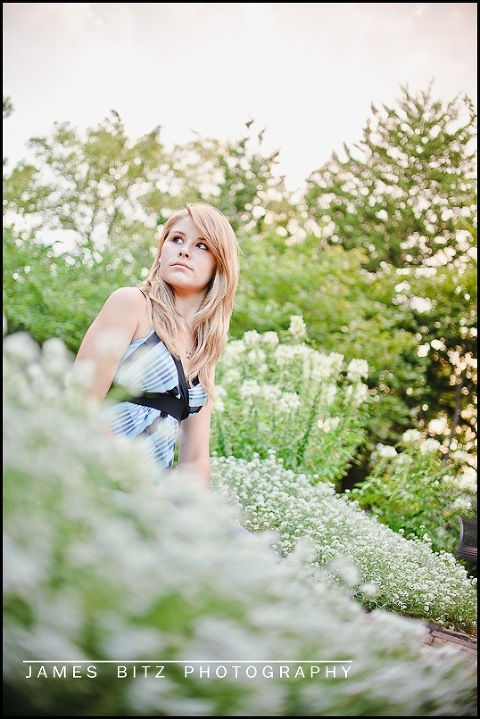 class of 2011, lincoln NE photographer, senior pictures lincoln, sunken gardens