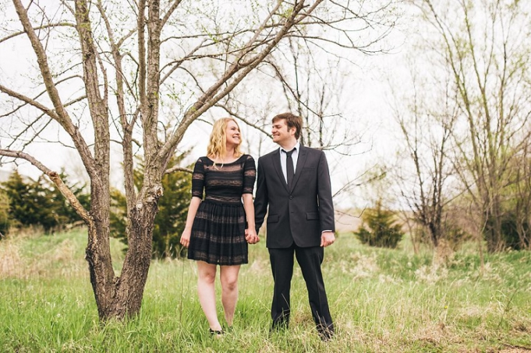 outdoor engagement pictures, james arthur vineyards, branched oak lake, nebraska engagement photos