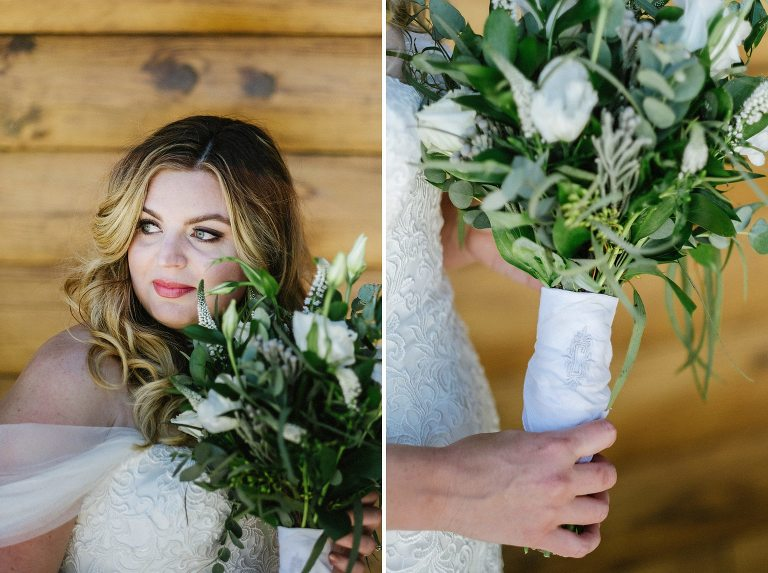 bride, bouquet, wooden wall